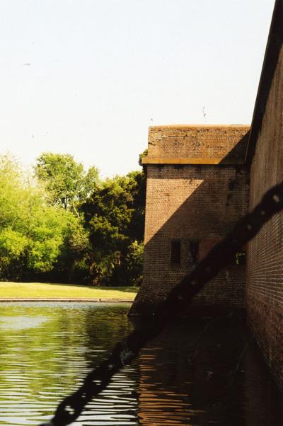 Fort_pulaski_drawbridge